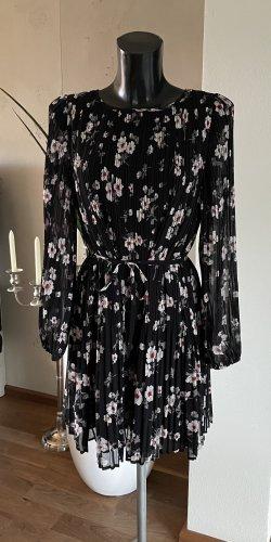 Kleid schwarz mit Blumen Gr. XS/S von MNG