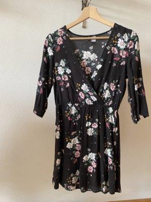 Kleid, schwarz mit Blumenmuster