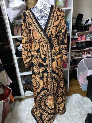 Kleid Schwarz mit goldenem Muster
