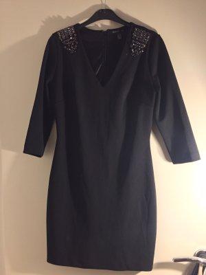 Kleid schwarz mit Steinchen vorne