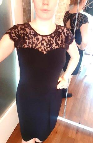 Kleid schwarz mit transparenten Einsätzen