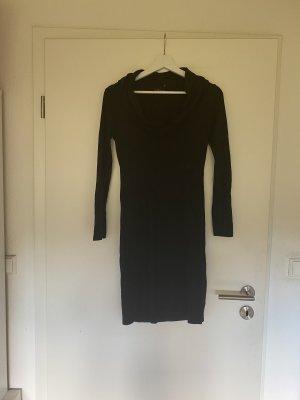 Kleid schwarz mit Wasserfall Ausschnitt Größe S