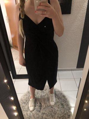 Kleid schwarz Rückenausschnitt Gr.40 Bershka