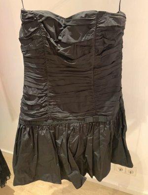 Angie Off-The-Shoulder Dress black