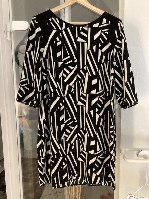 Steps Szyfonowa sukienka biały-czarny