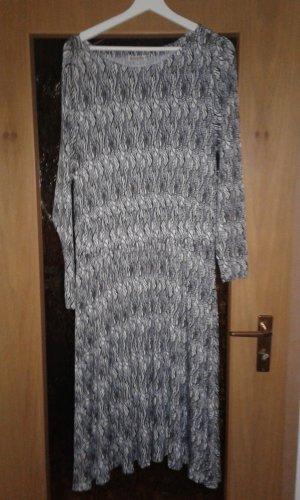 Kleid schwarz/weiß/beige/blau gemustert Boysens Gr. 44 neu