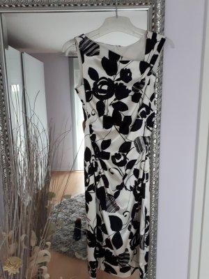 Kleid Schwarz-Weiß, Blumenmuster
