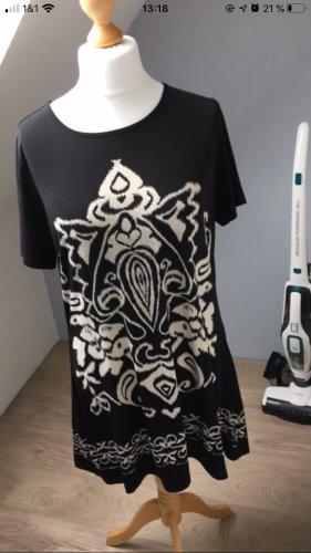 Kleid schwarz weiß Ornament