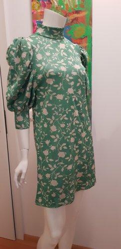 Kleid sehr speziell small sehr guter Zustand
