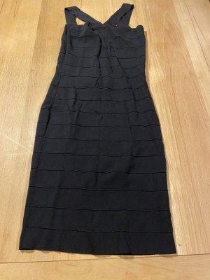 Kleid Sinéquanone