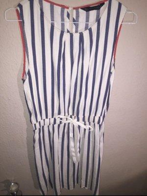 Kleid sommerlich maritim gestreift tailliert