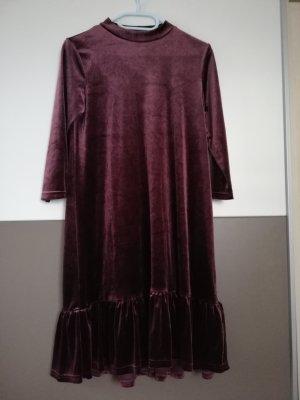 Kleid Stradivarius