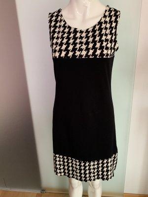 T-shirt jurk zwart-wit