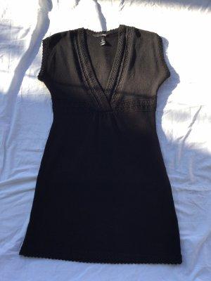 Kleid Strick schwarz Lochmuster