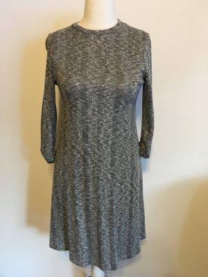 Kleid Strickkleid Pullikleid A-Linie grau meliert Gr. 38