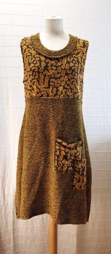 Sarah Santos Robe en maille tricotées ocre-brun noir
