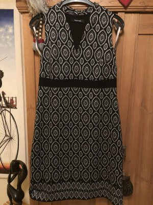 Kleid Taifun Gr. 42 schwarz weiß, mit Elasthane