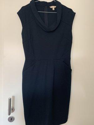 Kleid U-Boot-Kragen dunkelblau Banana Republic US Groesse 8 (38)