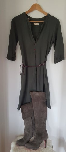 Kleid UVR connected
