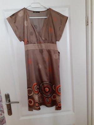 Kleid von 3 Suisses