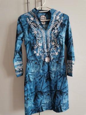 Kleid von Almatrichi NEU