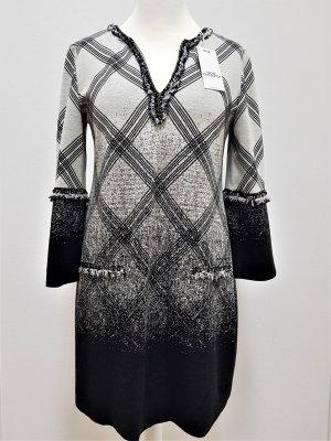 Ana Alcazar Robe en maille tricotées noir-blanc cassé