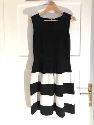 Kleid von Anna Field, sw