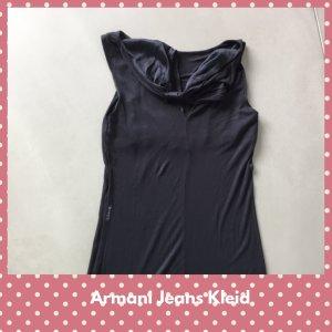 Kleid von Armani