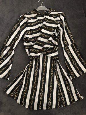 Kleid von Asos aus Seiden-Imitat