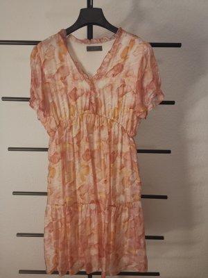 Kleid von Aust