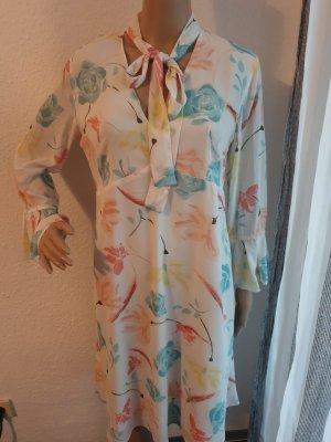 Kleid von Benetton.  Gr. S