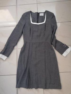 Kleid von Betty Barclay Gr. 34