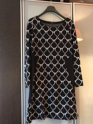 Kleid von Comma in 42