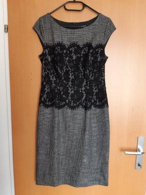 Kleid von Comma mit Spitze