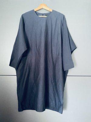 COS Mini vestido azul oscuro