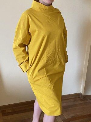 COS Vestido a media pierna amarillo limón-marrón arena