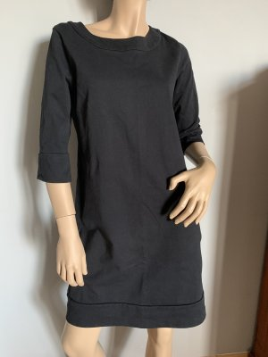 COS Vestido de manga corta negro