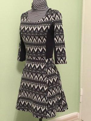 Kleid von Devided H&M in Schwarz-Weiß Gr. 32