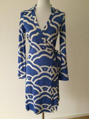 Diane von Furstenberg Wraparound white-neon blue silk