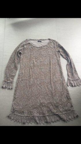 Accessoire Diffusion Robe en dentelle gris brun