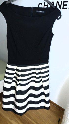 Esprit Robe mi-longue blanc-noir
