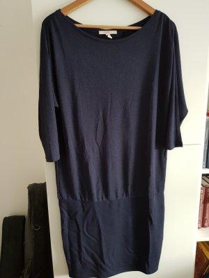 Esprit Robe mi-longue bleu foncé