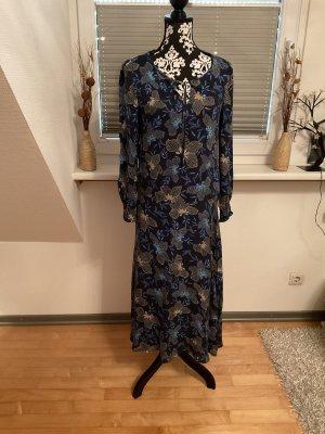 Kleid von Esprit in Größe 36 in Dunkelblau /Bunt