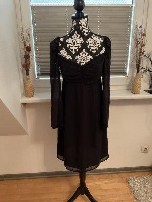 Kleid von Esprit in Größe 36 in Schwarz