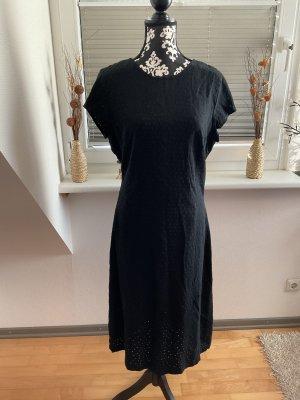 Kleid von Esprit in Größe L in Schwarz