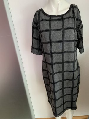 Kleid von Geisha Gr 38 40 M kariert