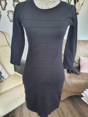 Kleid von Gina Tricot neu