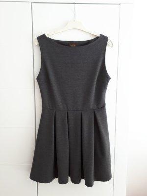 Kleid von Ginestra neuwertig
