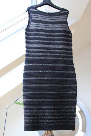 Kleid von Guess mit silberfarbenen Streifen