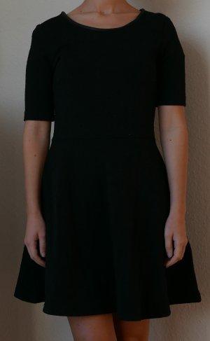 Kleid von H&M Gr.L/M Schwarz 100% Baumwolle